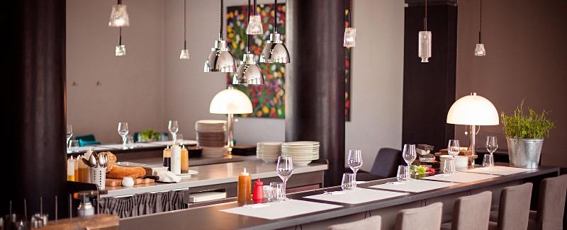 3 Pavari Restaurant